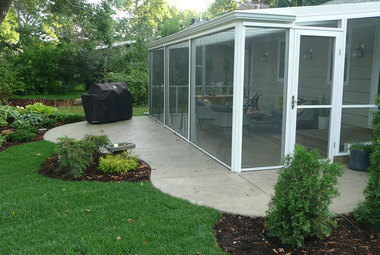 9 Retractable Screens